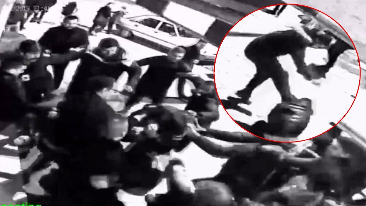 20 kişilik grup aralarına aldıkları 3 kişiyi öldüresiye dövdü