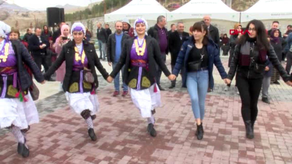 Ankara'da ki balık festival inde 2 ton hamsi dağıtıldı