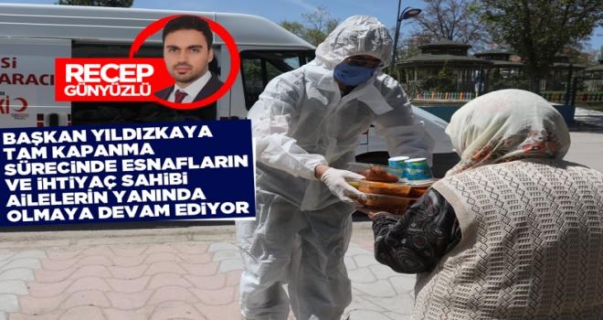 Başkan Yıldızkaya, tam kapanma sürecinde snafların ve ihtiyaç sahibi ailelerin yanında olmaya devam ediyor