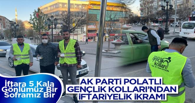 AK Parti Polatlı Gençlik Kolları iftariyelik ikramında bulunuyor!