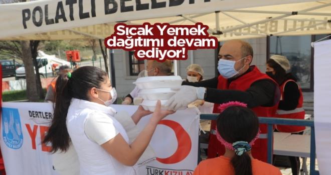 Polatlı Belediyesi ve Türk Kızılayı sıcak yemek dağıtımına devam ediyor!