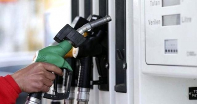 Son Dakika: Benzine 37 kuruş zam