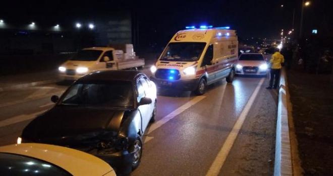 1'i ambulans 7 aracın karıştığı zincirleme kaza
