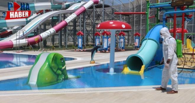 Aqua Park'ta dezenfeksiyon çalışmaları devam ediyor
